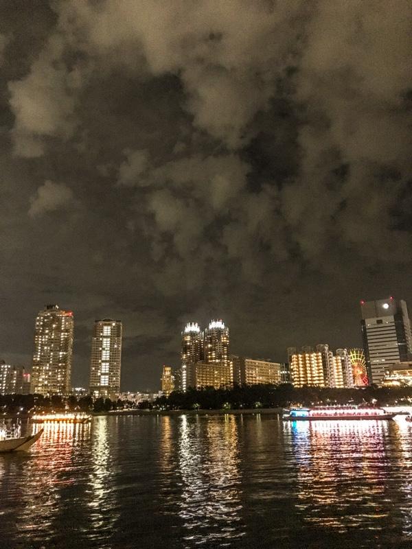 屋形船から夜の東京