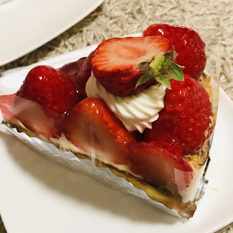 お祝いのケーキ^_^
